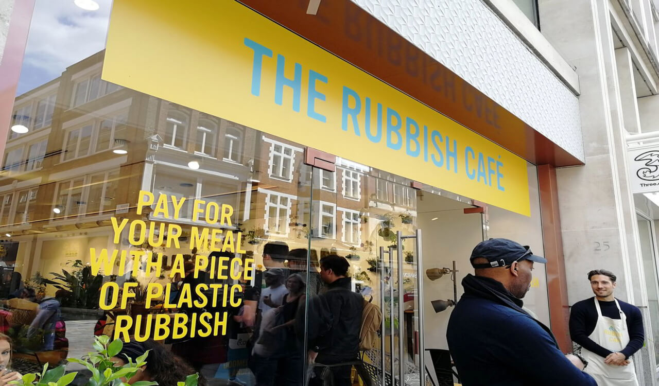 The rubbish cafe